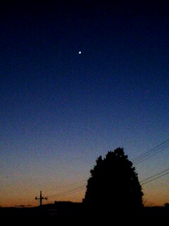 夕暮れ、そして一番星